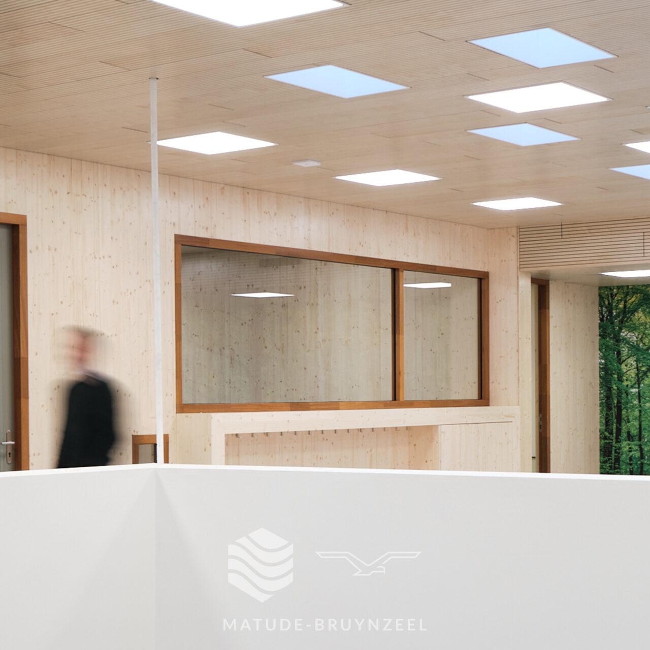 https://www.matude.nl/wp-content/uploads/2020/12/Matude_Bruynzeel_MFA_Voorn_Bruynzeel_Perfosound_Line_Akoestisch_Plafond_04-1280x1280.jpg